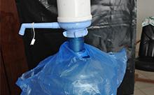 Пакеты для бутылей 19 литров «с крепежом за горловину» с печатью